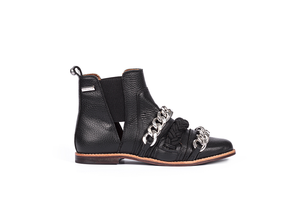 black boot, boot with chains, black chealsea boot, eternal collection, friendly fire shoes